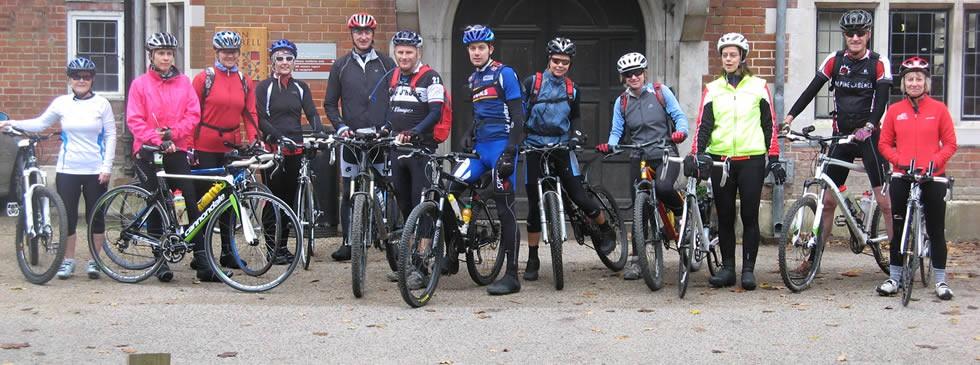 Horsham Amphibians Triathlon Club on a cycling trip
